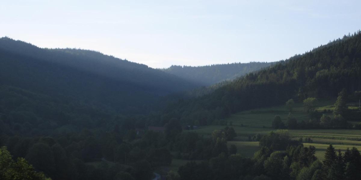 Montagnes Vosgiennes au lever du soleil